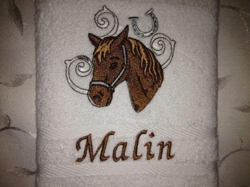 Handtuch 500 g/m Pferde 08 + Name bestickt